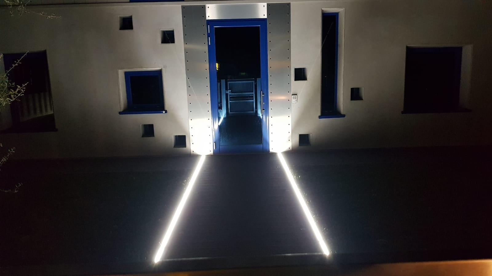Illuminazione vialetto guida alle lampade a led per vialetti